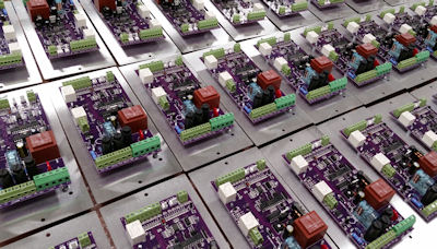 Electronic controllers designed and manufactured by Top Hex